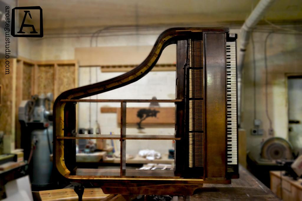 Arostegui Studio Piano