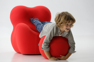 UPJ Chair with Child